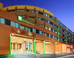 Holiday Inn & Suites Fullerton